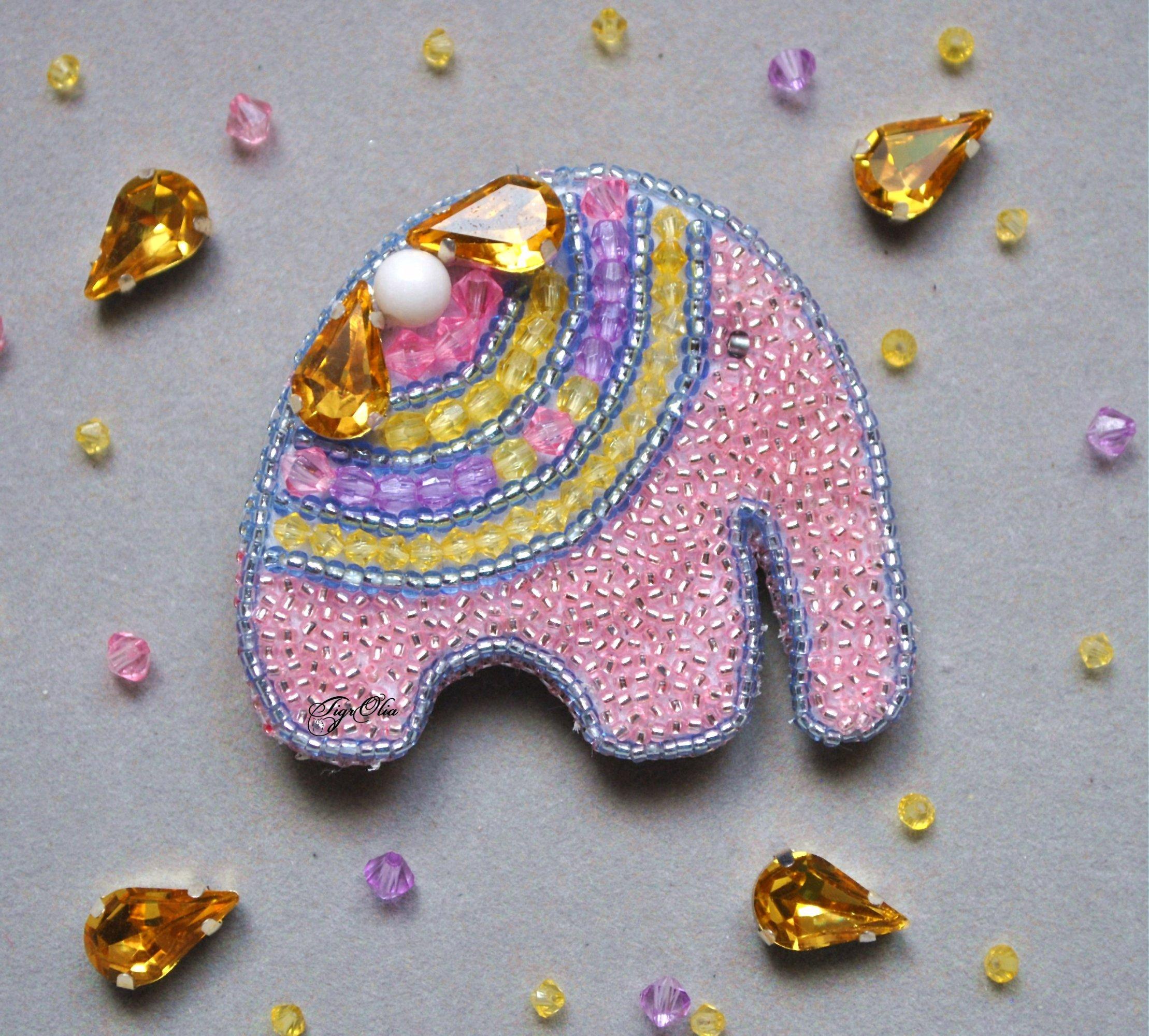Альбом пользователя TigrOlia: Брошь Розовый слон